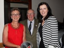 Fraser Trophy - Fiona Uzar & Debra Kelly.jpg